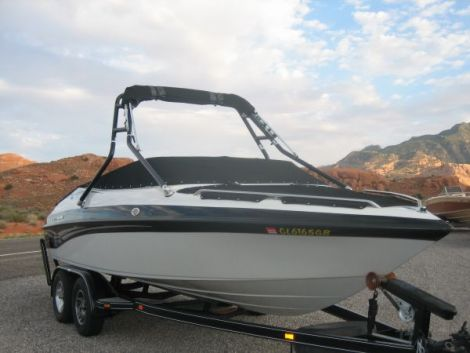 Used Power boats For Sale in Fort Collins, Colorado by owner | 2001 Crownline 202 BR